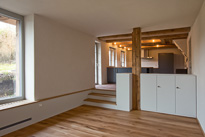 Im Ursprung, ein altes Bauernhaus in Eglisau. Das Ergebnis nach dem Umbau, kann überzeugen. Alte Elemente treffen auf moderne und zeitgemässe Strukturen.